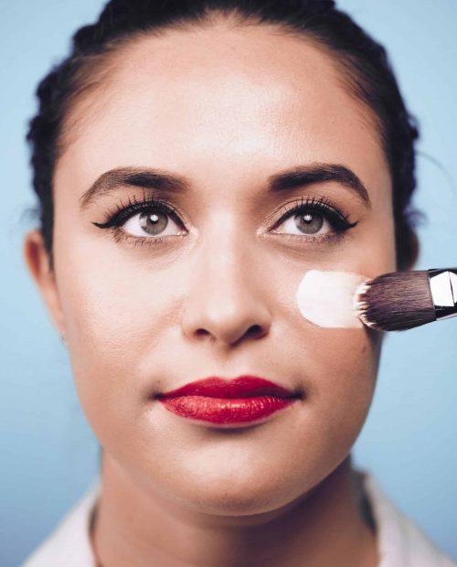 brushing-on-makeup